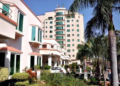 Mirpur Apartments & Hotel