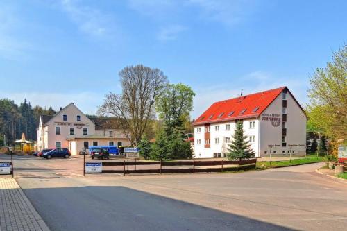 "Landhotel ""Sumpfmühle"" am Tharander Wald"