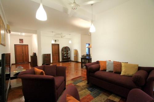 Barnes Residencies, Colombo