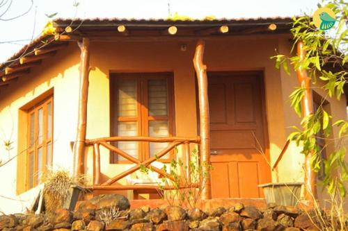 1 BR Cottage in Hukkeri, Belgaum (8E37), by GuestHouser