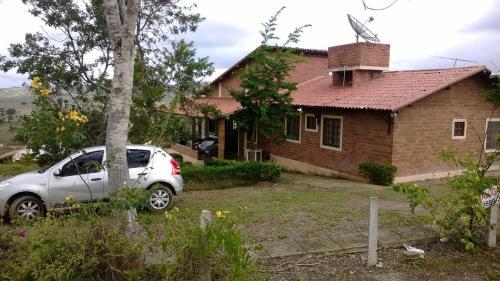 Casa no Condomínio Brisa da Colina em Gravatá PE