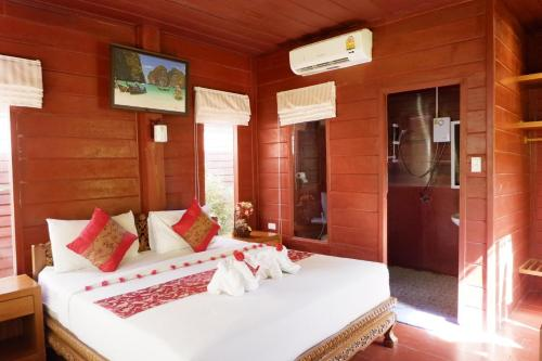 Bungalow with Double Bed