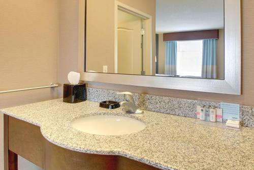 Hampton Inn & Suites Grafton
