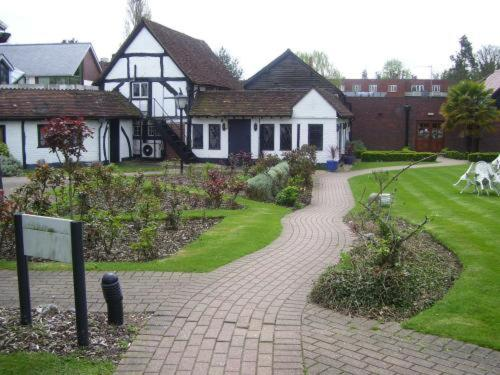 Photo of Barn Hotel Hotel Bed and Breakfast Accommodation in Ruislip London