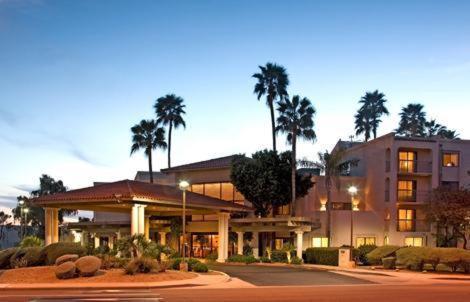 Photo of Scottsdale Thunderbird Suites Hotel Bed and Breakfast Accommodation in Scottsdale Arizona