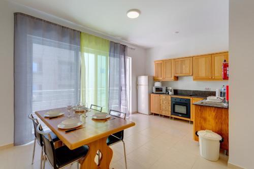 Cosy 1 Bedroom Sliema Apartment, Best Location, 斯利马