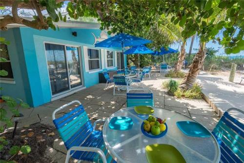 More about Sailfish Beach Resort Unit 3