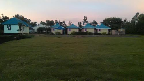 Walome Cottages, Sidindi
