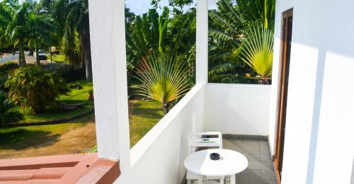 Emoyeni Gardens, São Tomé