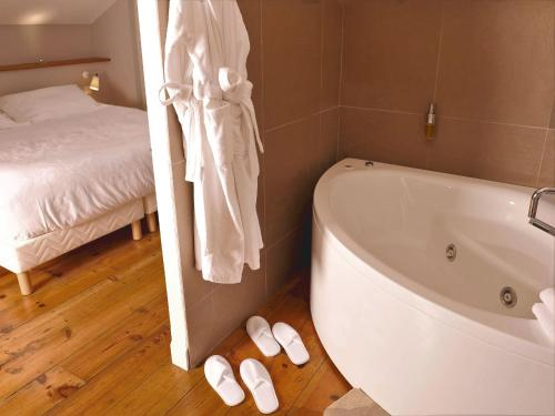 Habitació doble superior amb bany amb hidromassatge (Superior Double Room with Spa Bath)