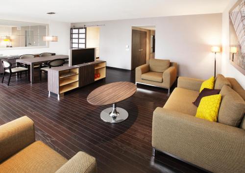 Krasnapolsky Apartments photo 3