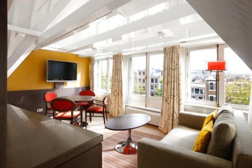 Krasnapolsky Apartments photo 16