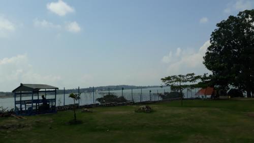 Nabinonya Resort Beach Hotel, Entebbe
