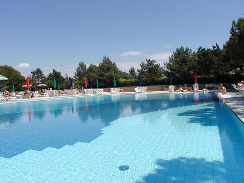 Appartamenti Valbella con piscina