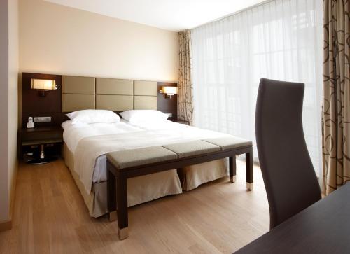 Krasnapolsky Apartments photo 17