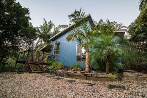 Akoonah Cottage and Studio