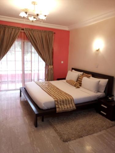 Deluxe Suites Superior Accommodation