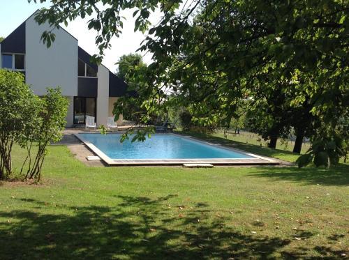 B&B Alsace dans grande maison avec piscine