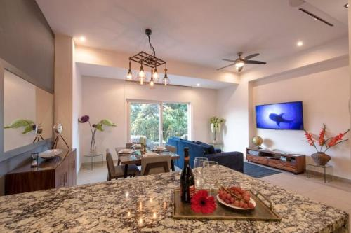 More about Zenith Condo Unit #307