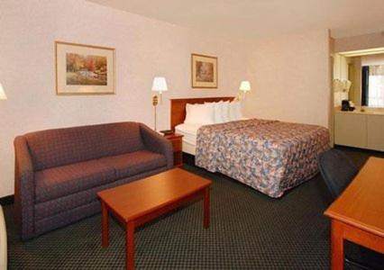 Quality Inn Roanoke Rapids