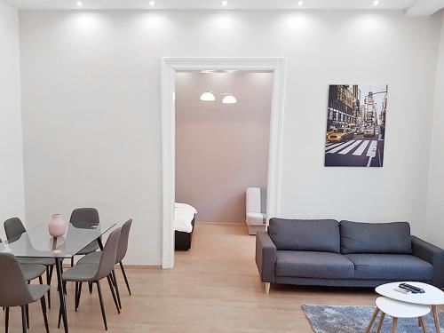 Akacfa 36 Budapest 91 mt 3 bedroom District 7
