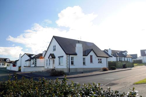 Photo of Tara Lodge Hotel Bed and Breakfast Accommodation in Castlerock Derry