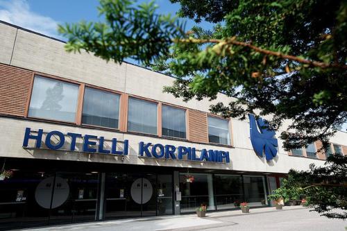 Отель Hotel Korpilampi 4 звезды Финляндия