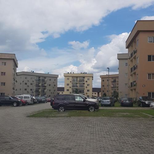 High Garden Apartment