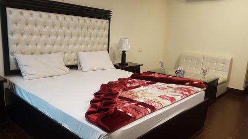 Hotel Civic - Gujranwala