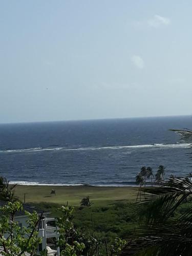 La Casa del Sol Naciente, Frigate Bay