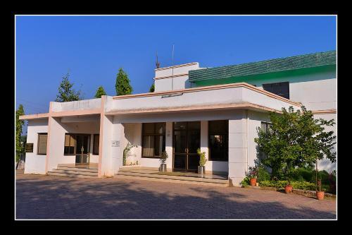 Jhabua Tourist Motel