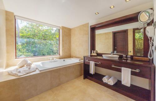 Deluxe Suite Terrace Jacuzzi (Newly renovated) - Free WiFi