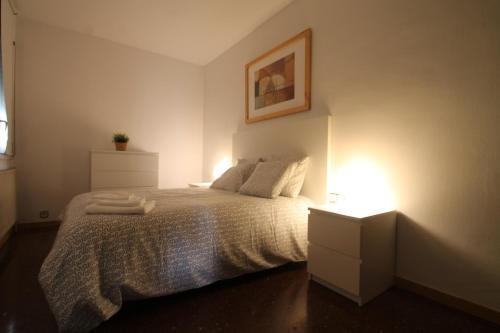 Apartamento para 6 en centro comercial, Andorra la Vella Hortal