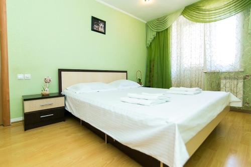 Apartments Faraon Centr on Gorkogo 2 room