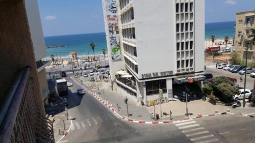 best price on the home apartments tel aviv in tel aviv reviews rh agoda com