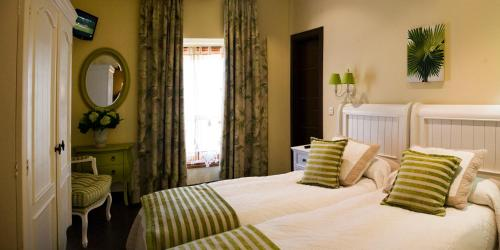 Standard Single Room with Shower Hotel San Antón Abad 1