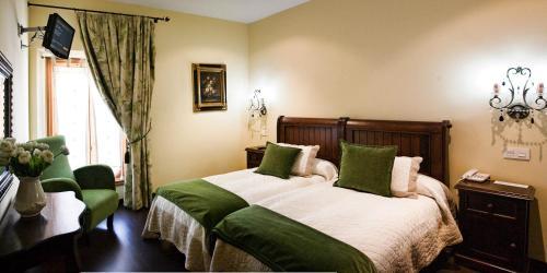 Twin Room Hotel San Antón Abad 1