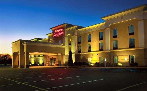 Hampton Inn and Suites of Lamar