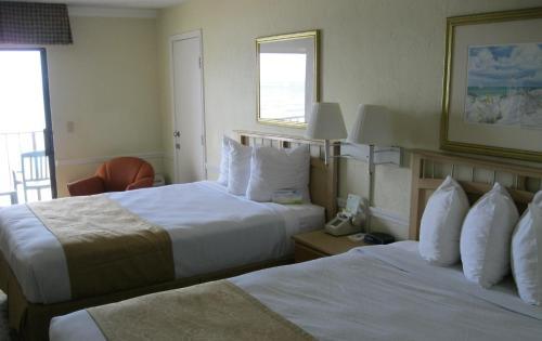 Days Inn On The Beach South/Tropical Seas