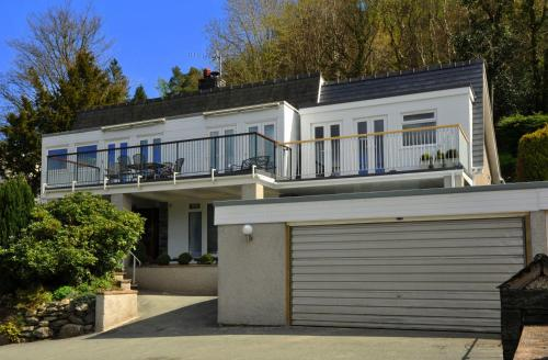 Photo of Maes-y-Garth Guest House Hotel Bed and Breakfast Accommodation in Betws-y-coed Conwy