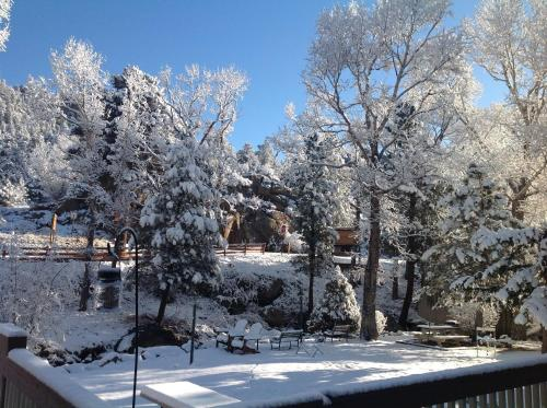 Four Seasons Inn, Estes Park - Promo Code Details