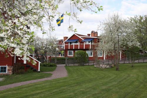 Отель Åkerblads Hotell Gästgiveri Spa 4 звезды Швеция