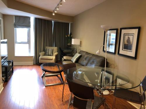 Toronto Furnished Accommodations -Bloor