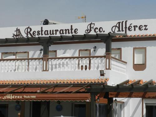 Hostal Restaurante La Ilusion Hotel - room photo 11388523