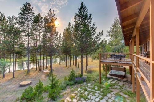 Sunriver Deschutes Riverfront Lodge
