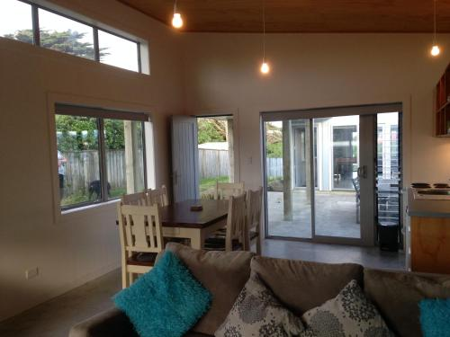 WhiteCap Apartments, Waitarere