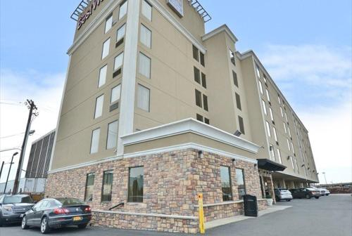 Picture of Best Western Plus Newark Airport West