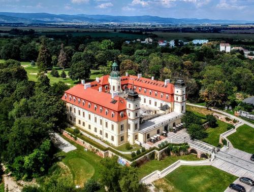 Theresia Chateau - Bernolákovo, Bernolákovo