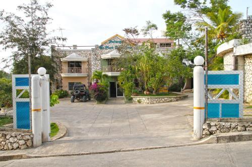 Auberge Du Mont Saint Jean, Jacmel