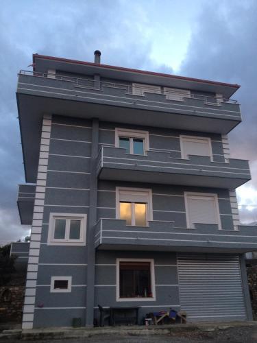 Vila Blliku Centro Albania